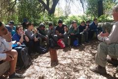 סיור אשכולות גינון בגן ארץ ישראלי של עתי יפה בקיבוץ נתיב הלה